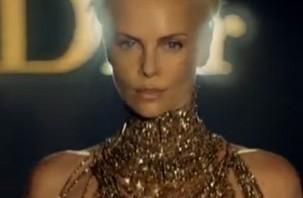 Dior J'adore entre mode, parfumerie et cinéma !